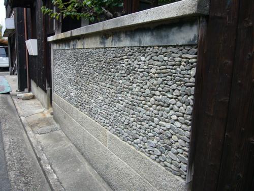 石塀.jpg